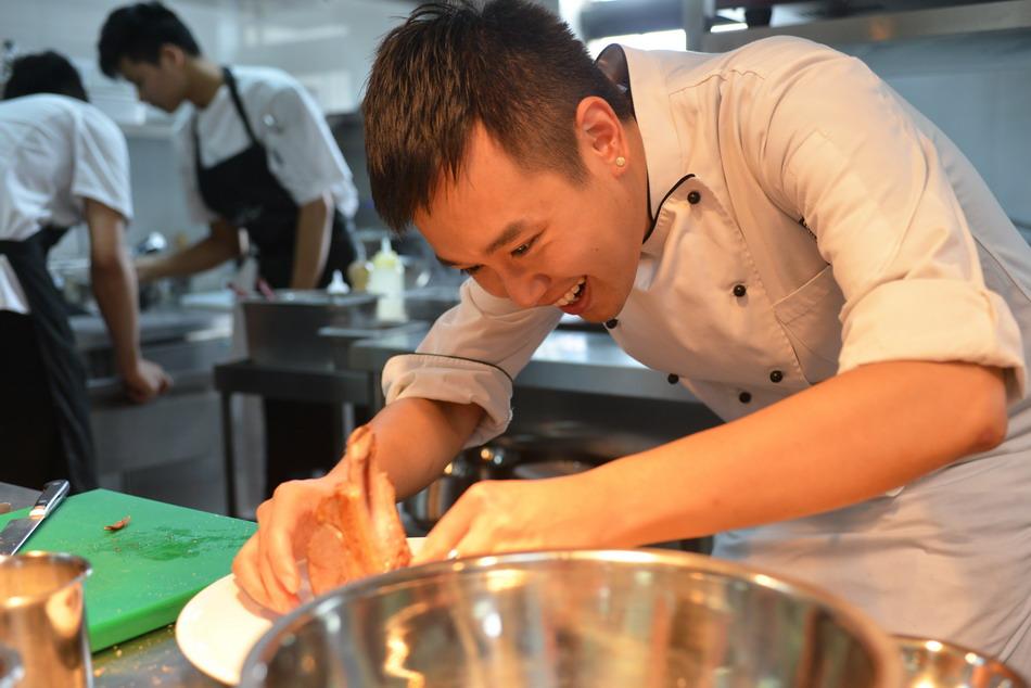 波兰中餐厨师海外移民可携带家人办理周期快